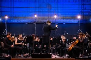 koncert-dyplomantow-am-z-orkiestra-teatru-wielkiego-w-poznaniu-9.jpg