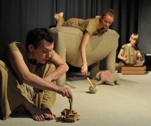 Teatr Atofri - Słoń Trąbibombi