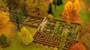 Jesienne zwiedzanie Lusławic - Ekspozycja Multimedialna (15:00-16:30) + Spacer po Arboretum (16:45-18:15)