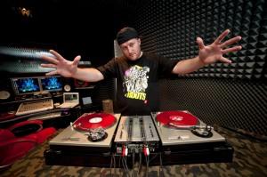 DJ Feel-X & Kepasa