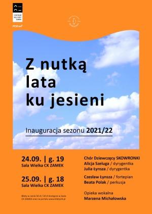 """Koncert Chóru Dziewczęcego SKOWRONKI """" Z nutką lata ku jesieni""""."""