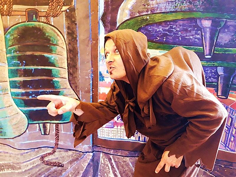 Spektakl - Dzwonnik z Notre Dame