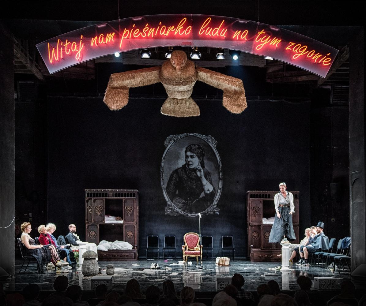 Spektakl - O mężnym Pietrku i sierotce Marysi - bajka dla dorosłych.
